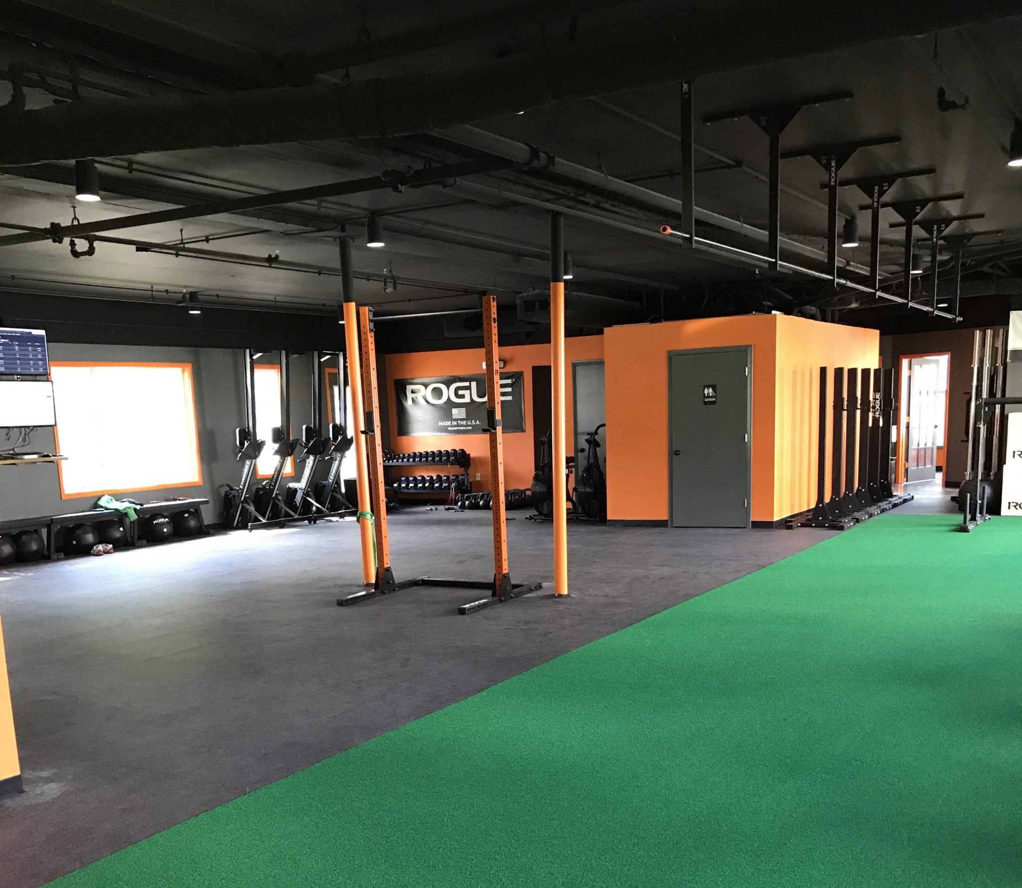 Recharge|HoCo CrossFit main gym